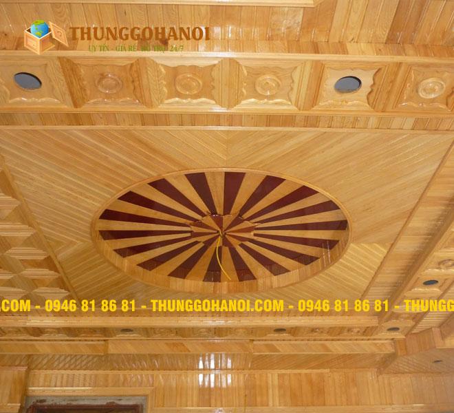 Báo giá Trần gỗ thông sồi - Sử dụng gỗ thông ốp trần nhà
